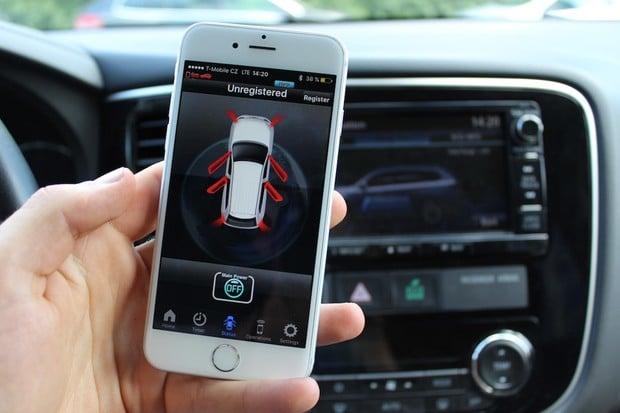 Mitsubishi Outlander lze hacknout přes Wi-Fi