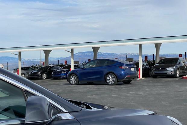 Tesla Model Y nabídne tažné zařízení