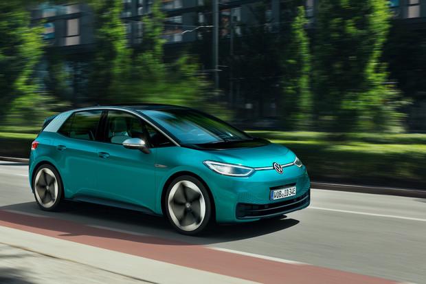 Volkswagen ID.3 bude v Německu levnější než Golf