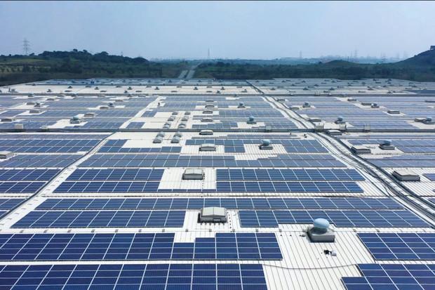 Škoda Auto uvádí do provozu jednu z největších solárních elektráren v Indii