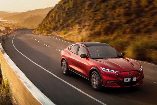 Změna plánu. Ford Mustang Mach-E se začne prodávat v Evropě i USA