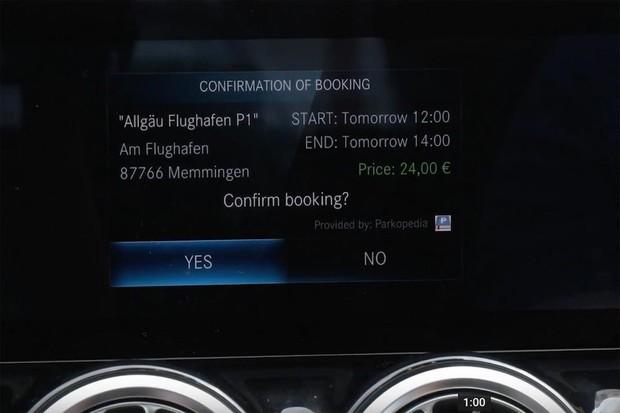 V Německu můžete za parkování zaplatit přímo z vašeho Mercedesu