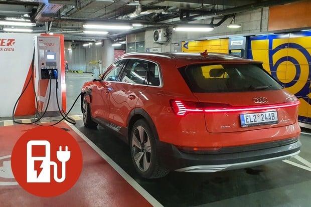 Jak a kde nabít elektromobil na Slovensku? Přinášíme návod, jak je to u ZSE