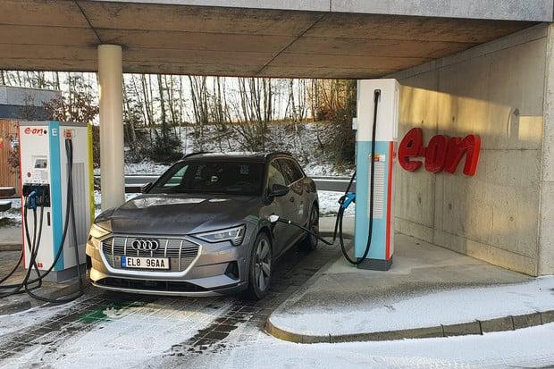 Čtyři nejprodávanější vozy v Norsku jsou elektromobily, vede Audi e-tron