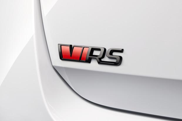 Škoda Octavia RS iV dostala pod kapotu benzinovou čtrnáctistovku a 13kWh baterii