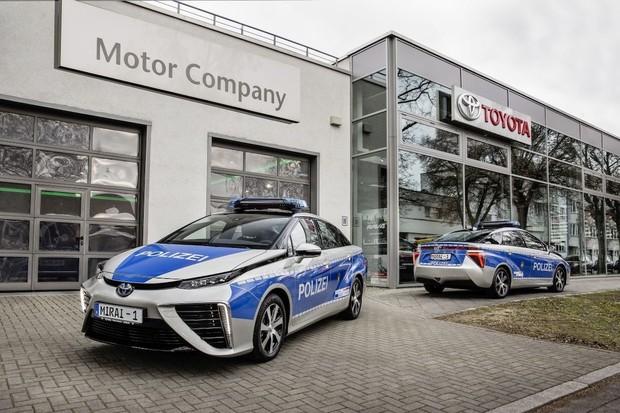V Berlíně vás může zastavit policie v Toyotě Mirai