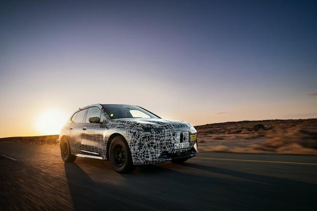 Víme další podrobnosti o BMW iNext. Dostane hned tři varianty