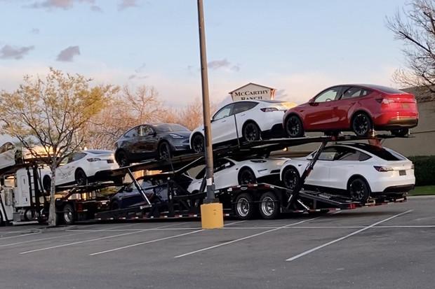Dodávky vozů Tesla Model Y začnou tento týden