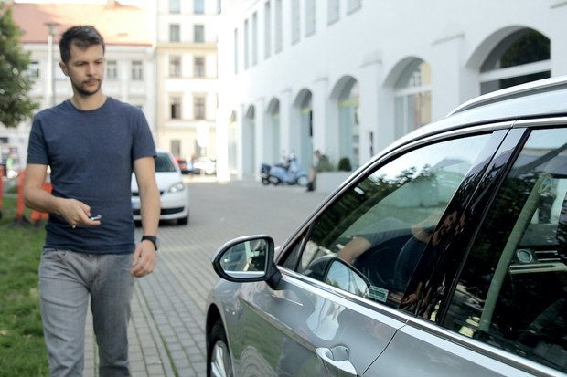 Potřebujete auto v době koronaviru? S Drivetem to jde online i bezkontaktně