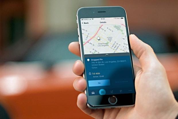 Elektrické MINI SE v redakci. Co umí jeho mobilní aplikace?