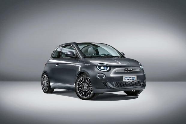 """Elektrický Fiat 500 je """"Tesla do města"""" tvrdí šéf Fiatu"""