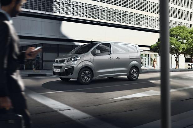 Peugeot představil e-Expert. Vybrat si můžete mezi 50 a 75kWh baterií
