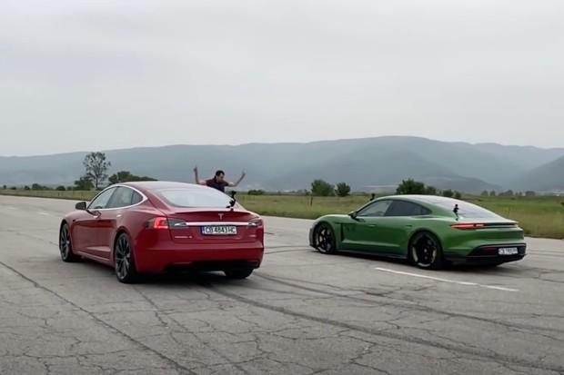 Sprint na čtvrt míle: Porsche Taycan Turbo S vs. Tesla Model S P100D