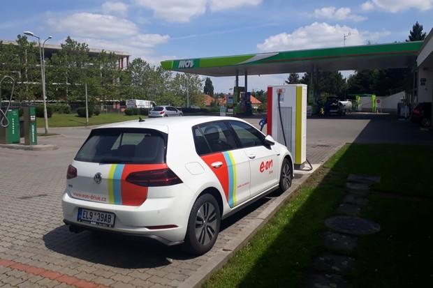 V Praze přibyly další tři nabíjecí stanice společnosti E.ON
