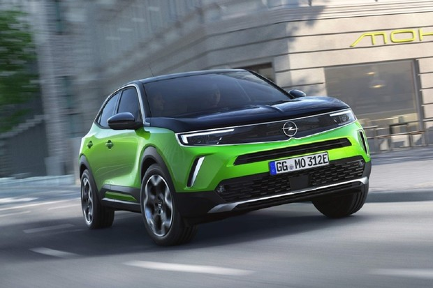 České autoservisy začínají dávat elektromobily jako náhradní vozidla