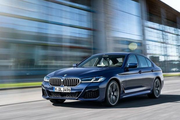 BMW vydá nejrozsáhlejší aktualizaci.  Budete si moci na měsíc vyzkoušet výbavu