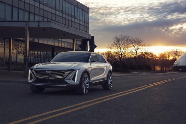 Cadillac konečně představil konkurenci pro Audi či Mercedes, elektronovinku Lyriq