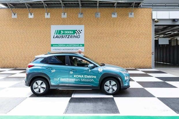 Vozy Hyundai Kona Electric ujely přes 1 000 km na jedno nabití