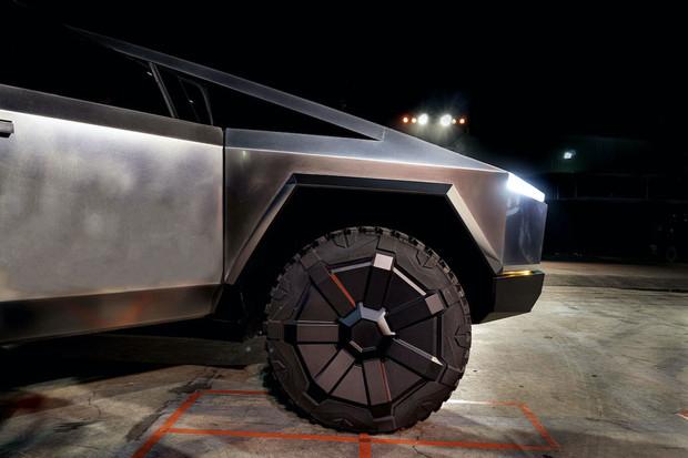 Tesla chystá výrobu zkušební série Cybertrucku v Gigafactory Texas na květen 2021