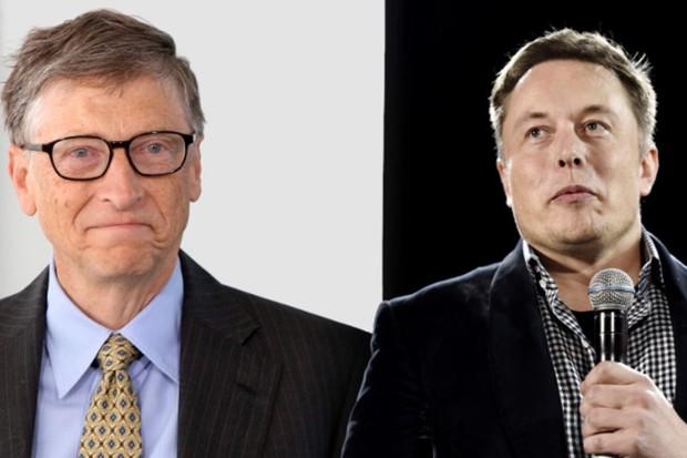 """Musk ve slovní přestřelce s Gatesem. """"O elektromobilech nemá páru,"""" tvrdí"""