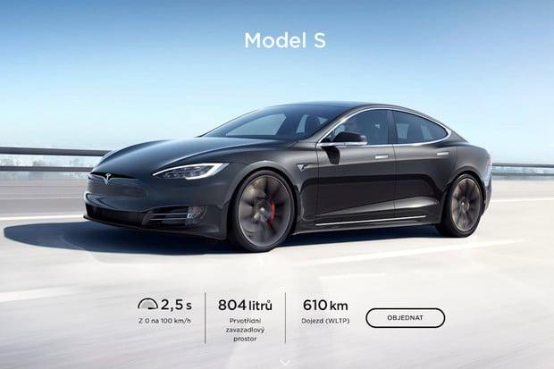 Tesla zlevnila Model S, v Česku byl pokles ceny ještě výraznější