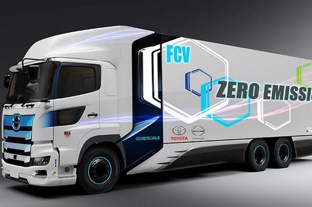 Toyota začne testovat nákladní auta na vodík s dojezdem 600 km