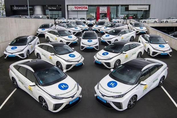 Vodíkové taxíky v Nizozemsku už najely 1,5 milionu km