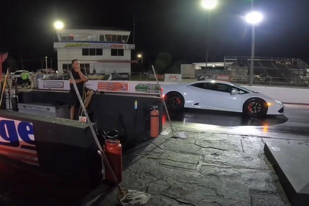 Lamborghini Huracan vyzvalo na souboj Teslu Model S  v závodě na čtvrt míle