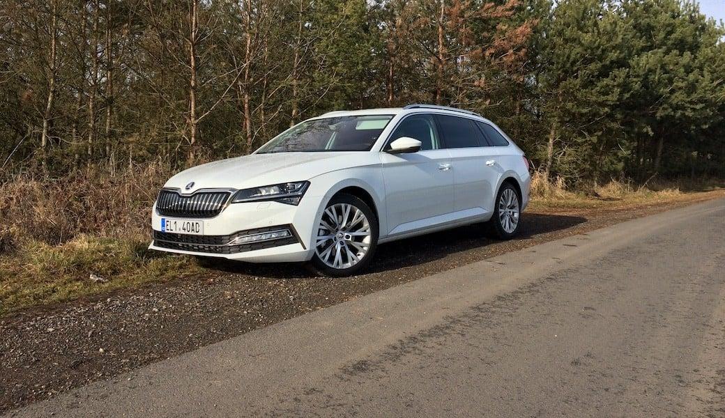 Spotřeba benzínu a elektrický dojezd vozu Škoda Superb iV