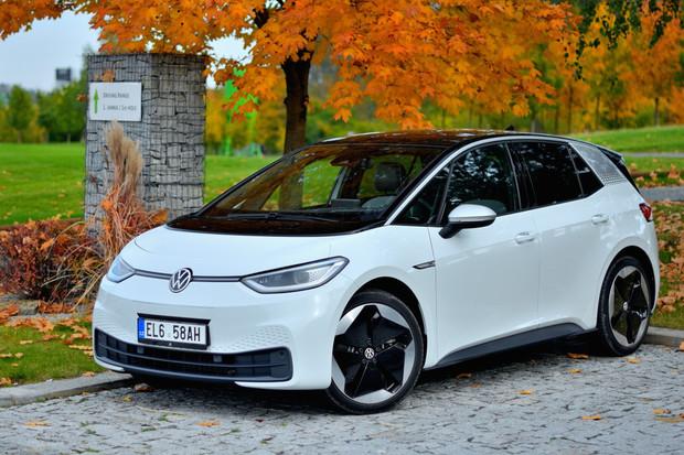 V Nizozemsku dosáhly elektromobily za prosinec rekordního podílu téměř 70 %