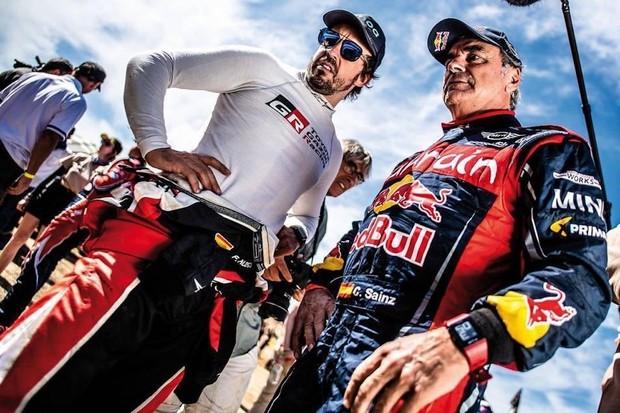 Trojnásobný dakarský vítěz Carlos Sainz se dohodl na působení v Extreme E