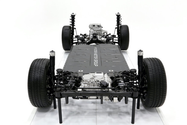 HMG představil revoluční platformu pro elektromobily Hyundai a Kia