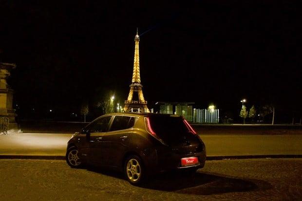 Elektromobilem do Paříže a zpět. Na kolik cesta vyjde a na co si dát pozor?