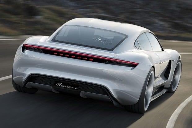 Porsche chce prodat okolo 20 tisíc Taycanů ročně. Bez Číny to nedokáže