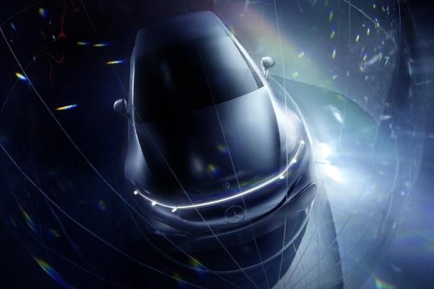 Mercedes-Benz prodal za první pololetí čtyřnásobně více nabíjecích aut než loni