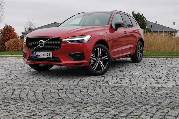 Volvo slaví úspěch. Za rok prodalo přes 77 tisíc plug-in hybridů a elektromobilů