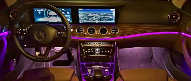 Technologie v autech