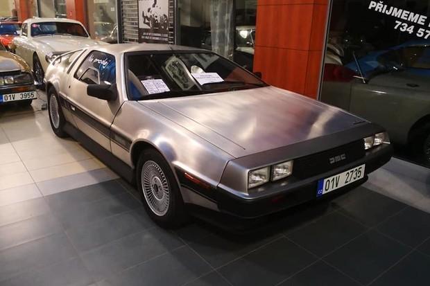 Legendární DeLorean se nejspíše vrátí jako elektromobil