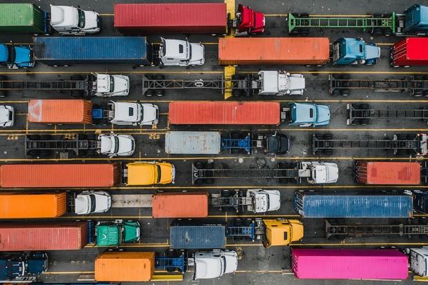 Nová studie prozrazuje, jak pomoci dekarbonizaci nákladní dopravy