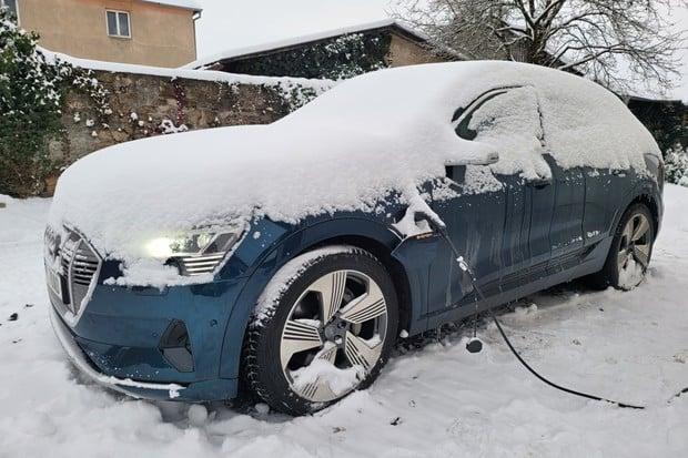 Rusko plánuje dotovat nákup elektromobilů
