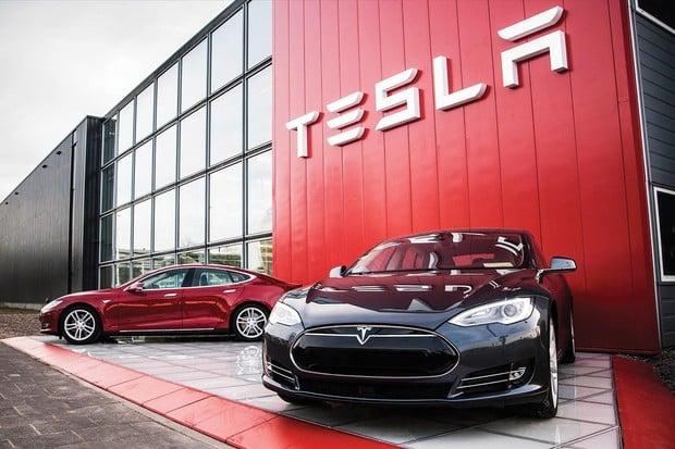 Tesla v posledním kvartálu překonala nejeden svůj rekord