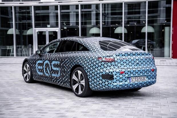 """Mercedes EQS bude postrádat """"frunk"""". Prý to pomůže snadnějšímu servisu"""