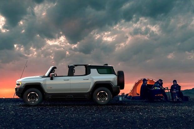 GMC Hummer EV SUV dostává finální specifikace