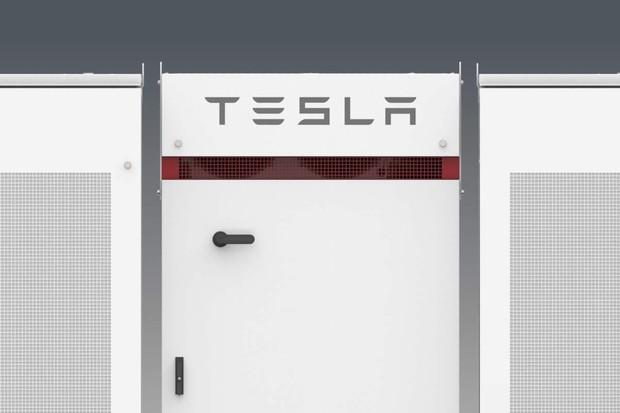 Tesla do evropské továrny investuje až 4 miliardy eur