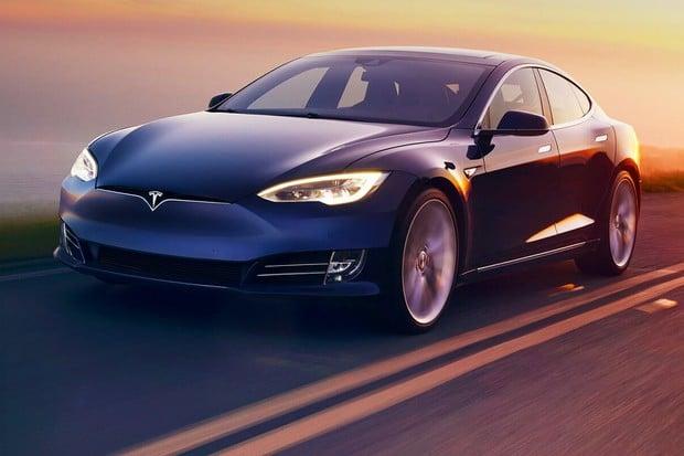 V jaké formě je Tesla při nájezdu přesahujícím 700 tisíc kilometrů?