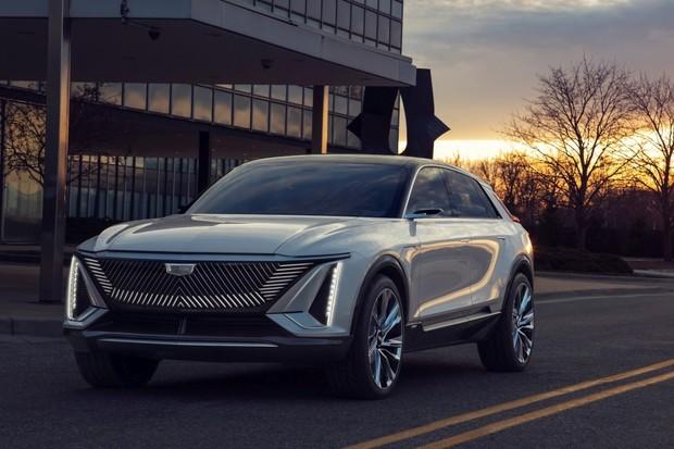 O nový elektrický Cadillac je enormní zájem. Vůz se okamžitě vyprodal