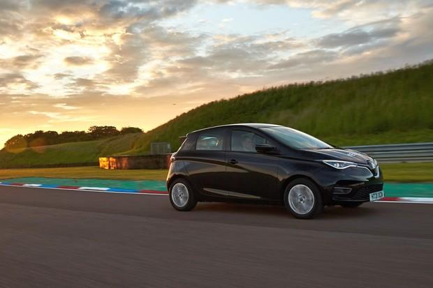 Kolik nás stojí tření? Renault Zoe dojel na speciálních pneumatikách o 12 % dále!