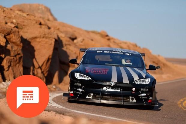 Plánovaná nejlevnější Tesla, elektrická závodní Škoda Fabia a další novinky