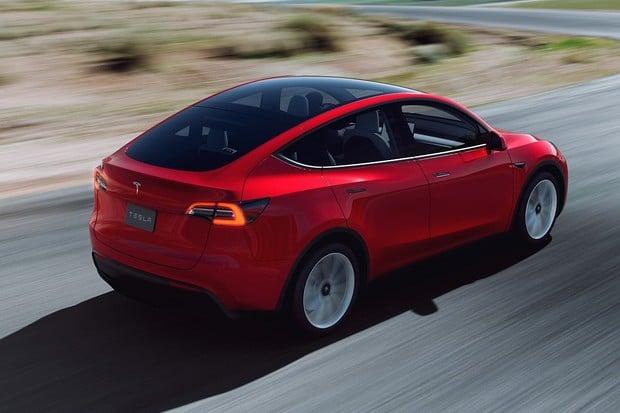 Tesla Model Y versus konkurenti v Česku. Kdo vyjde nejvýhodněji?
