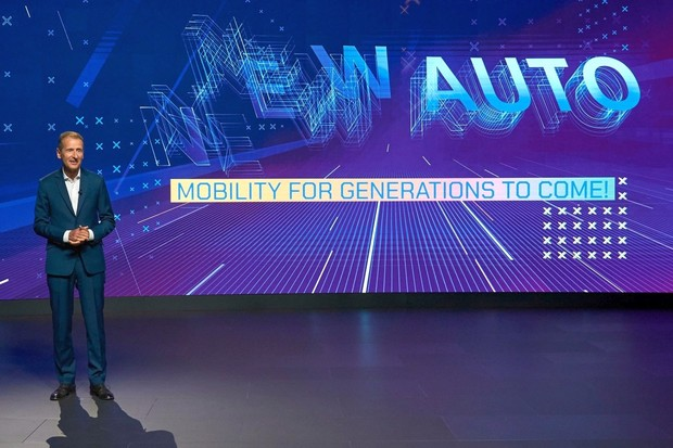 Volkswagen chce vstoupit do nové dekády bez emisí a bez řidičů